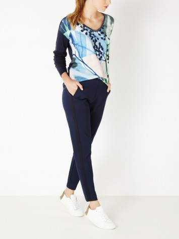 Top mit Blumenprint - True Blue /