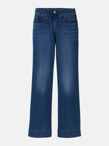 Flared Jeans /