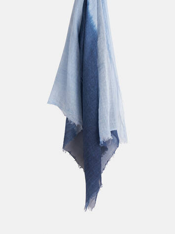 Woven scarf with dip-dye effect /